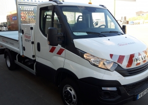 VÉHICULE UTILITAIRE - BENNE STANDARD IVECO DAILY